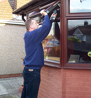 UPVC double glazing window hinge repair